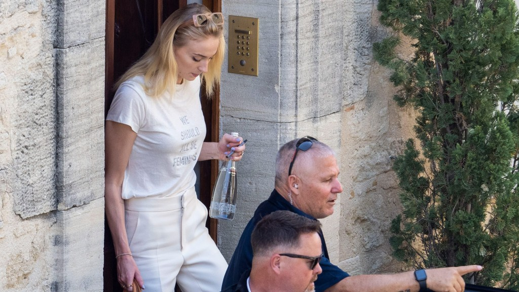 Joe Jonas and Sophie Turner tie the knot for the second time in France