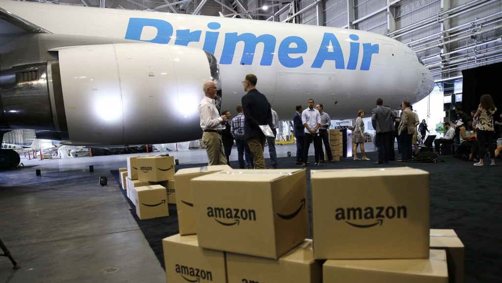 Watch out FedEx and UPS: Amazon is growing its air fleet again