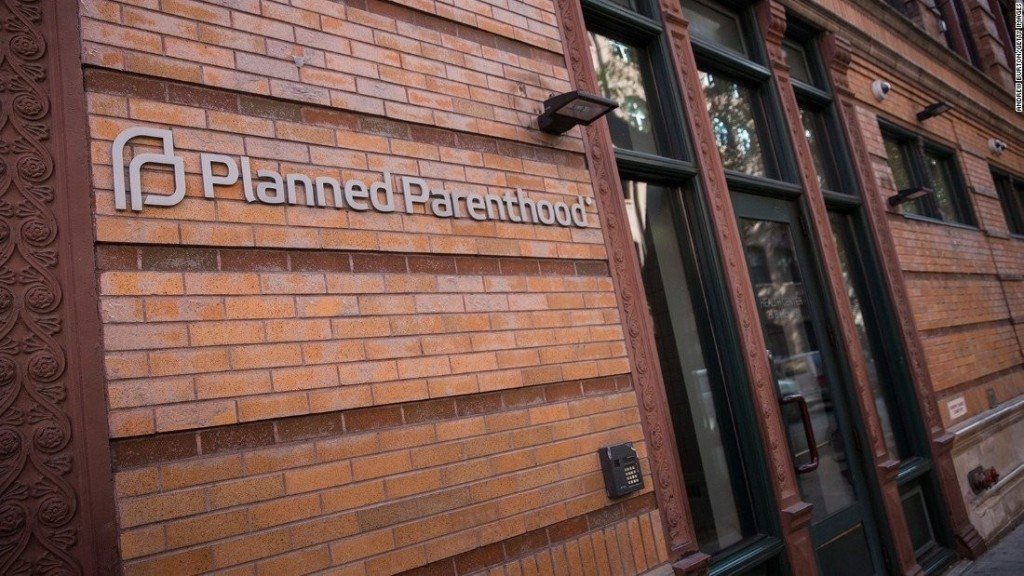 Supreme Court sides with Planned Parenthood in funding fight