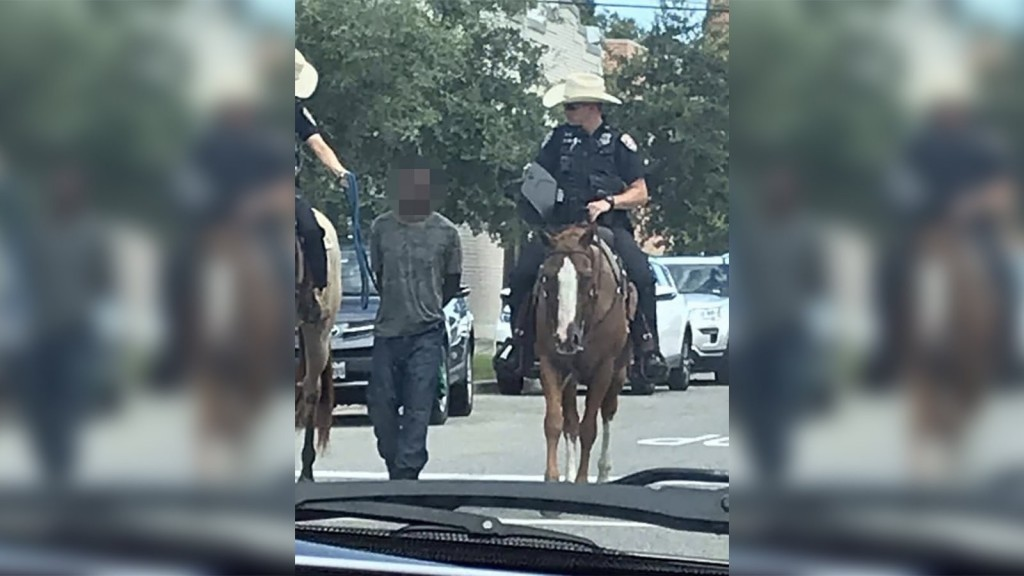 Galveston officers won't face criminal charges in controversial arrest