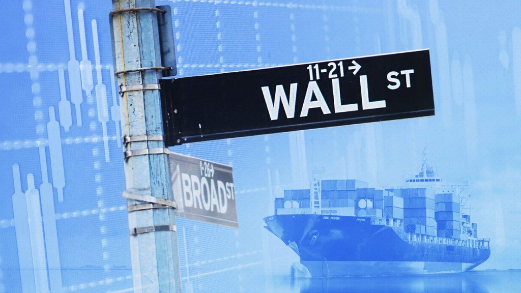 Wall Street betting president won't let stocks collapse