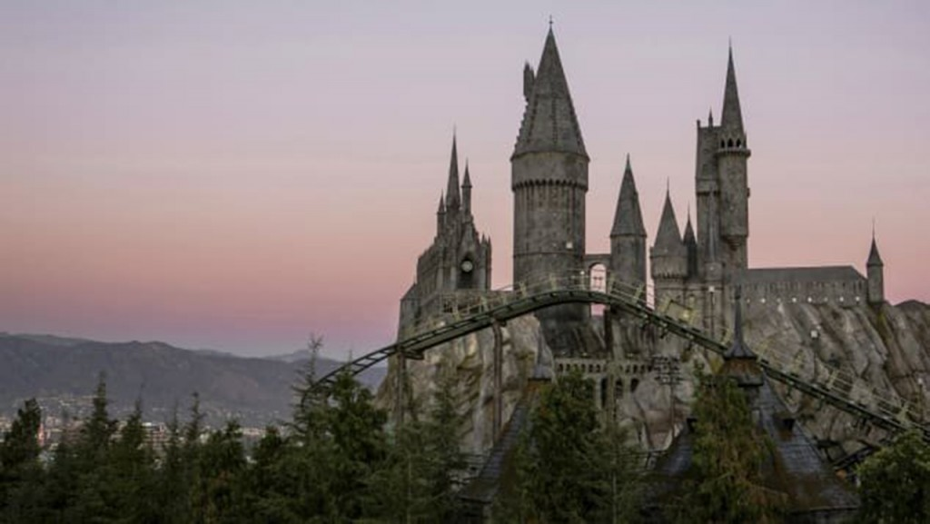 Harry Potter casts a spell on Singapore Airport