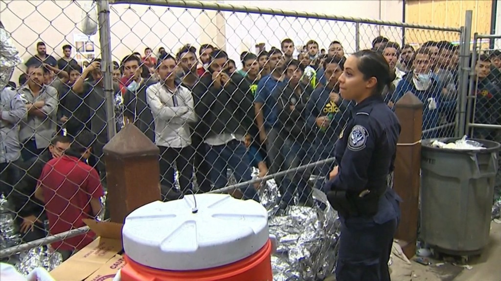 Federal appeals court questions indefinite detention of migrants