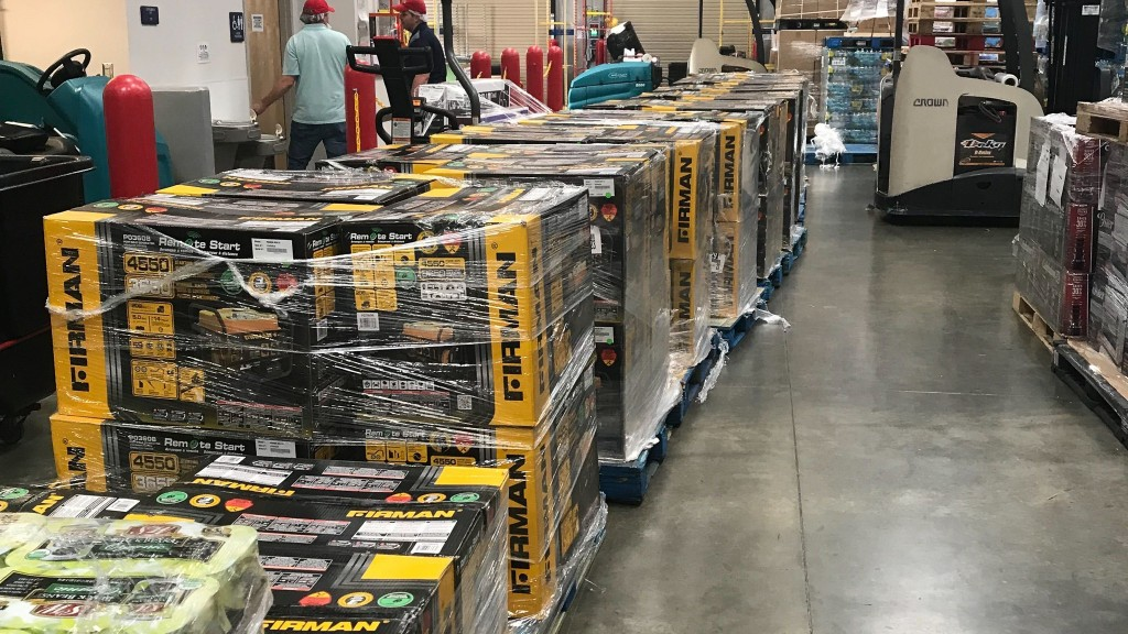 Florida man buys 100 generators to help Bahamas