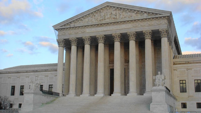 All eyes turn to Supreme Court over Trump financial records