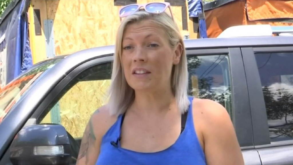 Woman hunts down thief who stole her car, steals it back