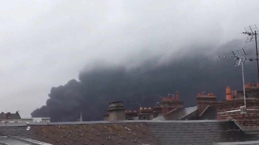 Huge fire in French chemical plant tackled by firefighters
