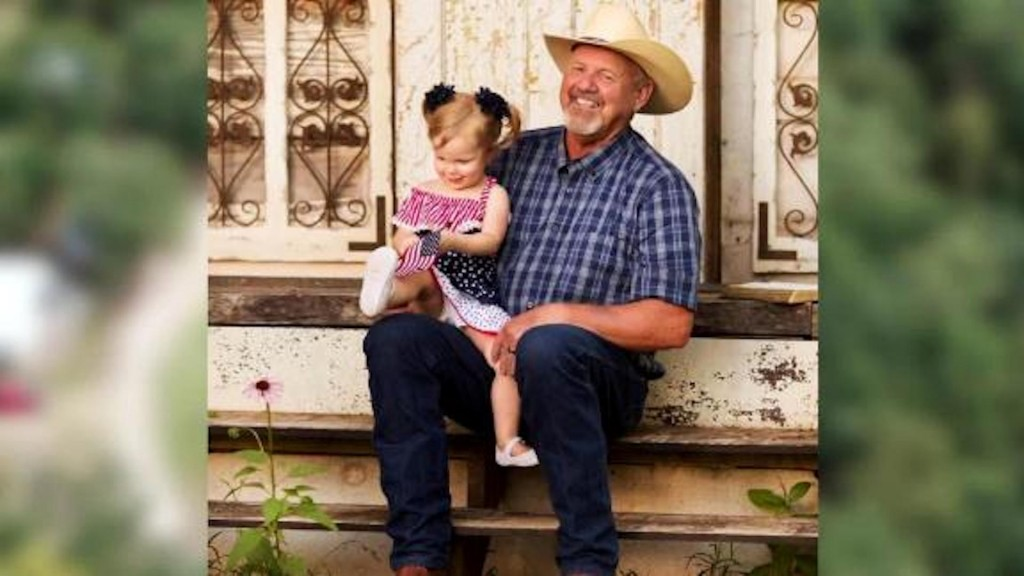 Purple Heart recipient dies after saving granddaughter from explosion