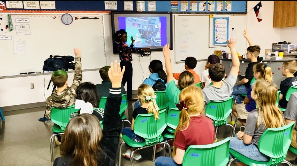Newscenter 25s Bria Woods presents at Hunt Elementary Career Day