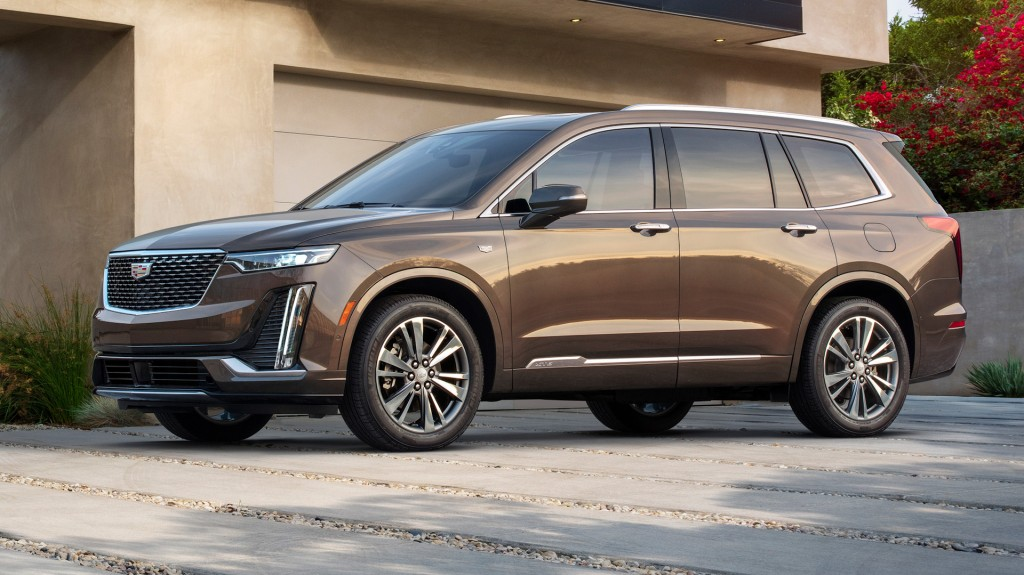 Cadillac launches new midsize SUV with XT6