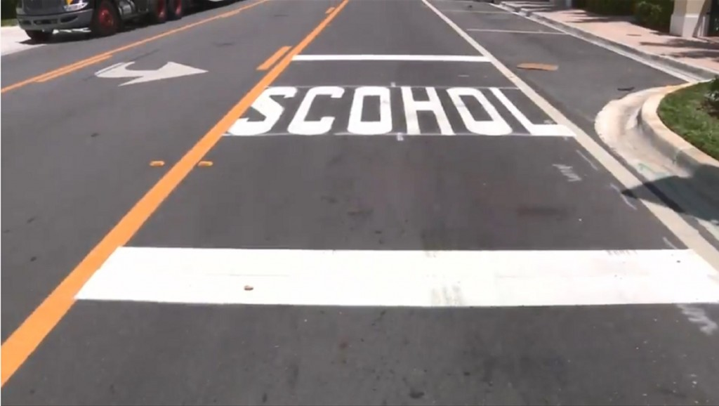 School crosswalk misspelled in Florida, goes viral
