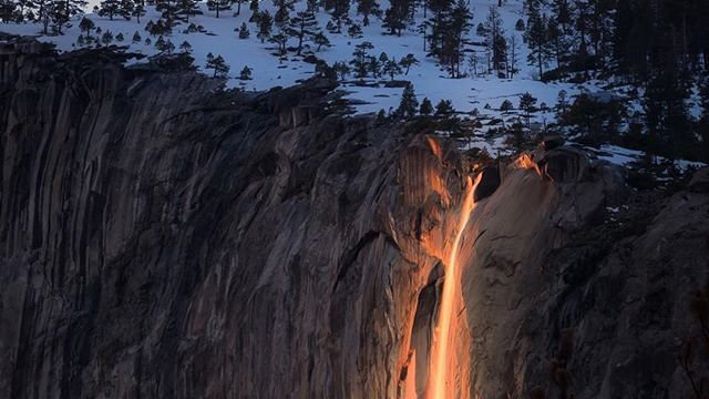 'Firefall' back and glowing at Yosemite National Park