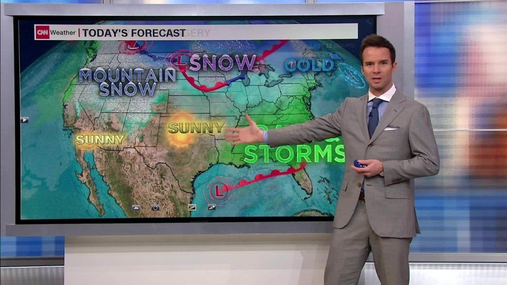Wet and windy weekend forecast along East Coast