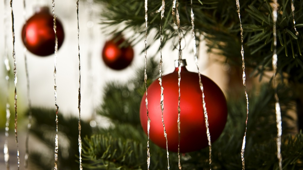 The great holiday decorations debate