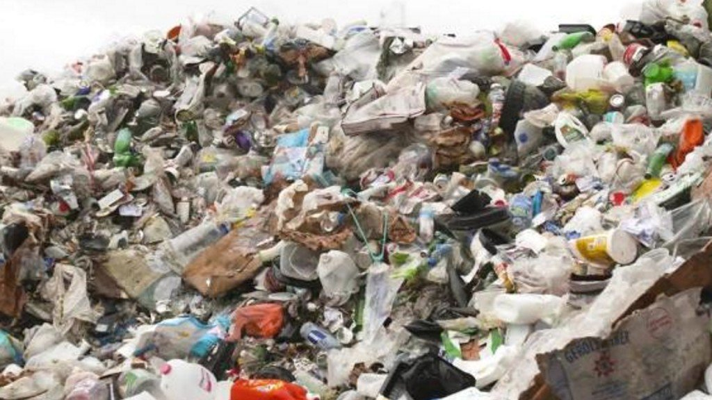 Nations agree to restrict global plastic waste trade