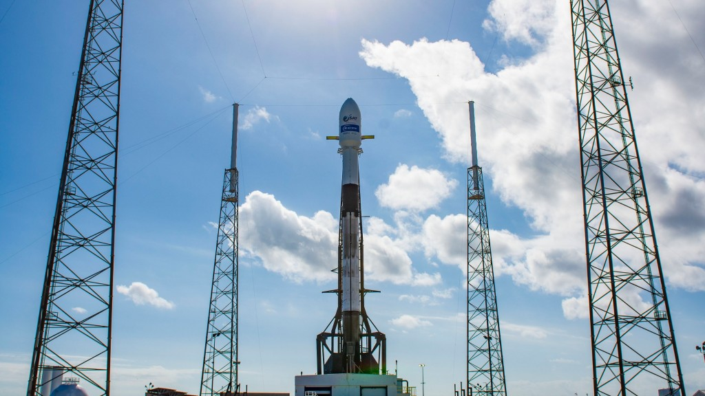 SpaceX satellite will bring internet to isolated island nations