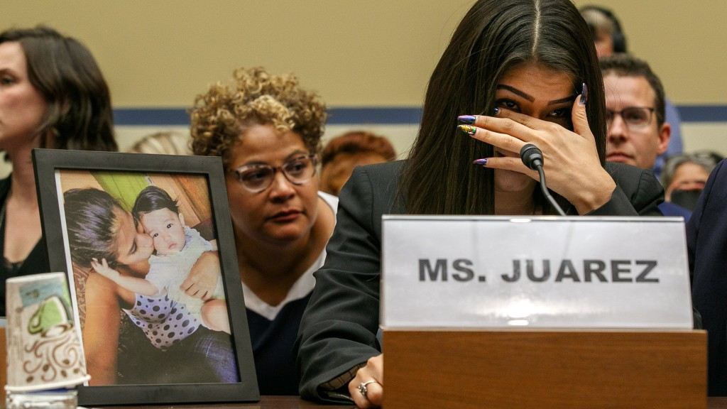 Migrant mom recalls 19-month-old's death in emotional testimony