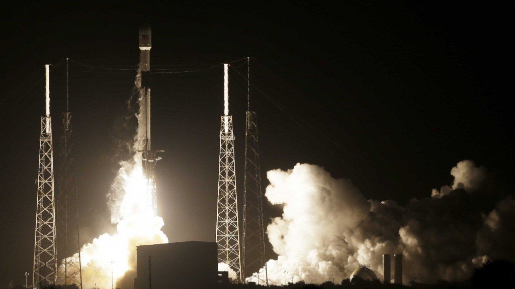 SpaceX's new business strategy: Rideshares for small satellites