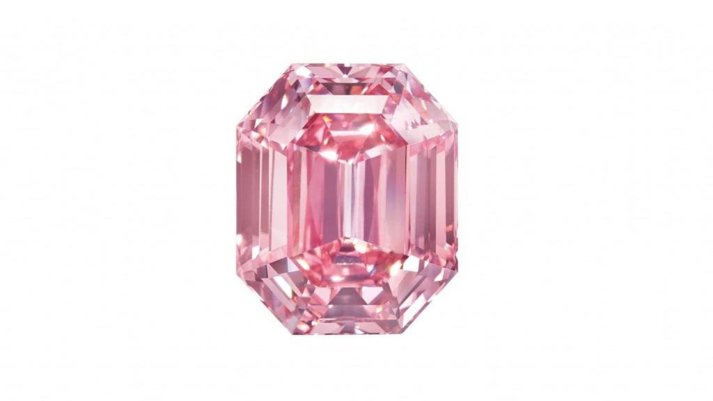 'Pink Legacy' diamond sells for record-breaking $50M at Christie's