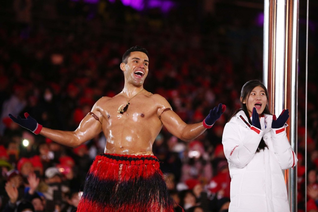 Shirtless Tongan man aims for his 3rd Olympics in 2020