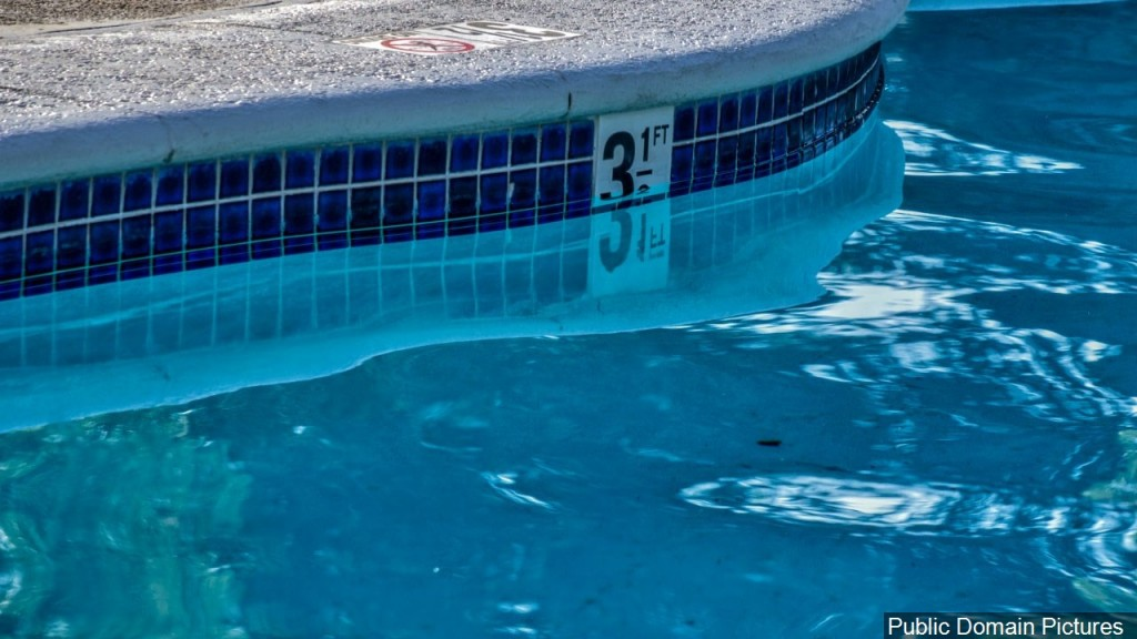 Here are a few ways to help reduce the spread of coronavirus at the pool