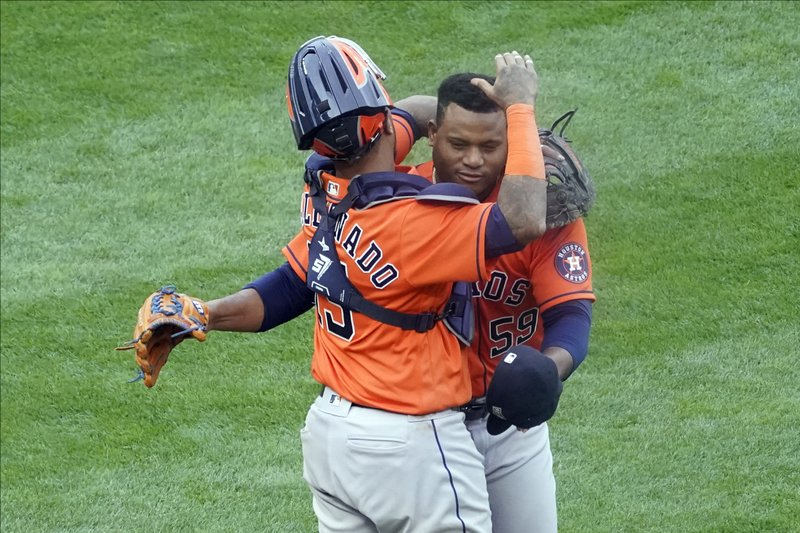 The Houston Astros defeat the Minnesota Twins