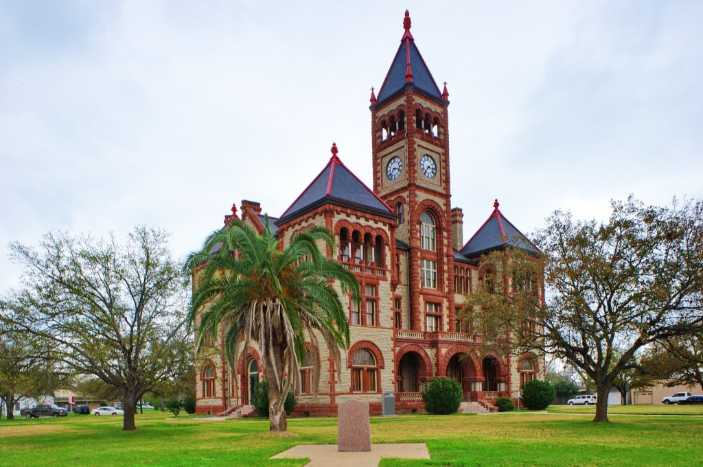 Dewitt County Courthouse Raw9263