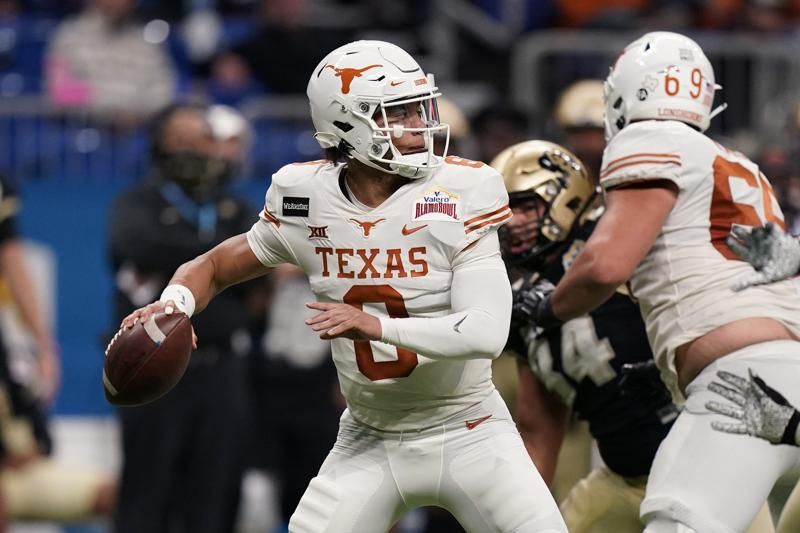 At Texas A Qb Competition Emerges Between Thompson And Card