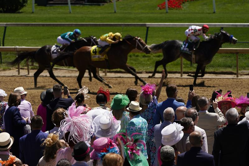 With Fans And Flowery Hats Derby Is Back At Old Home In May