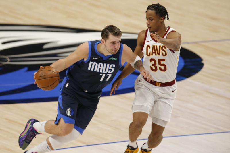 Doncic Mavs Cruise Past Cavs 110 90 To Stay In 5th In West