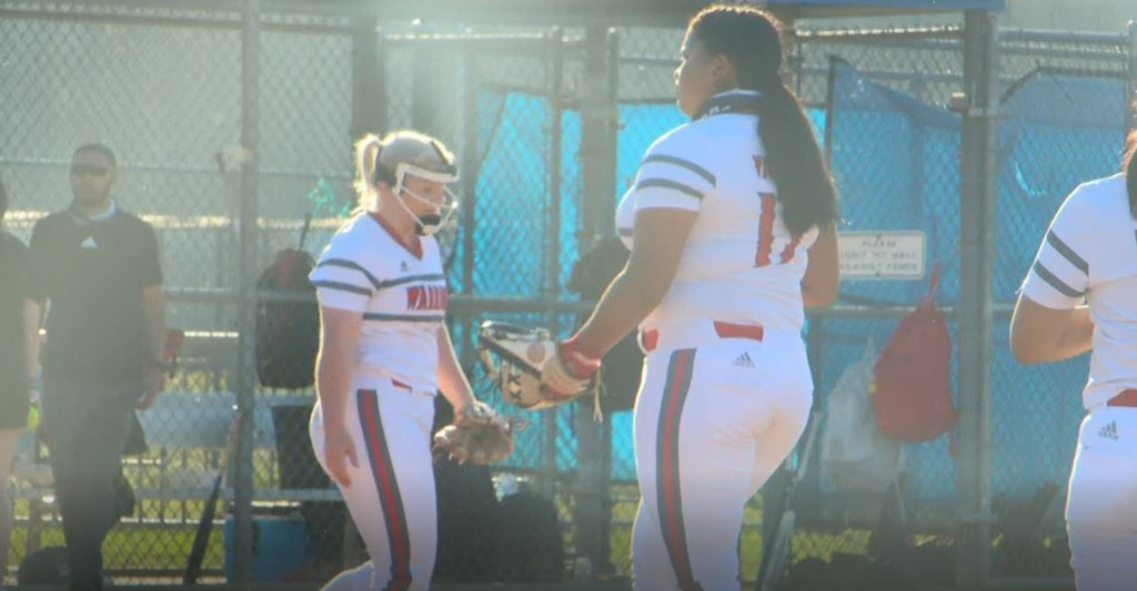 Warriors Softball Defeats Mercedes Winning The First Two Games Out Of Three