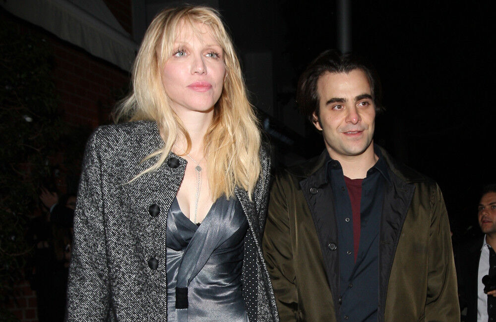 Courtney Love 'truly Sorry' For Dave Grohl And Trent Reznor Rant