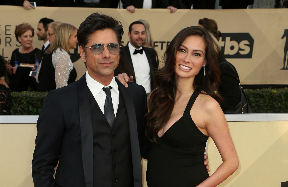 John Stamos And Wife Caitlin Mchugh Volunteer For Food Banks Ahead Of Father's Day