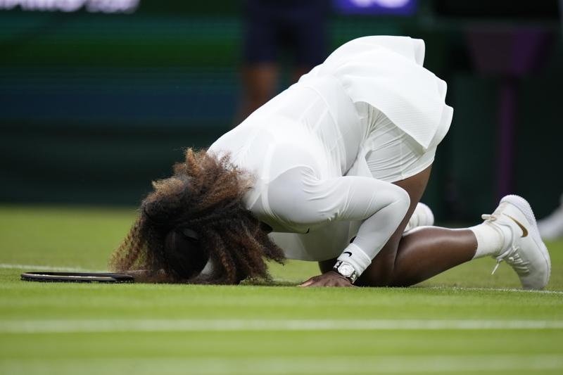 An Injured Serena Williams Is Out Of Wimbledon