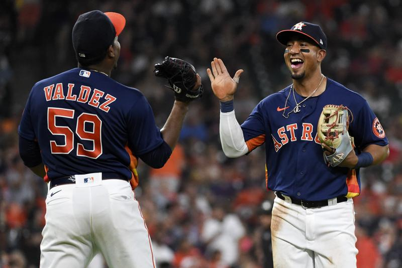 Garcia Drives In 3 Correa Homers As Astros Beat White Sox