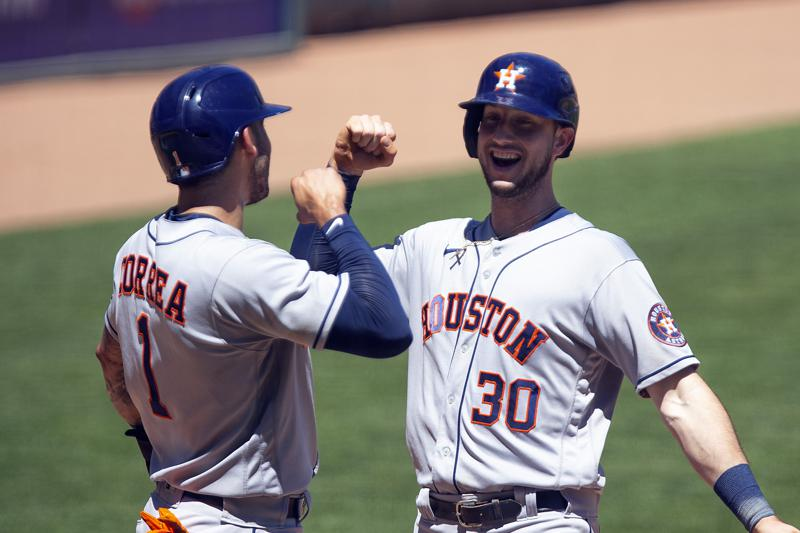 Brantley Has 4 Of Astros 20 Hits In 14 3 Rout Of Twins