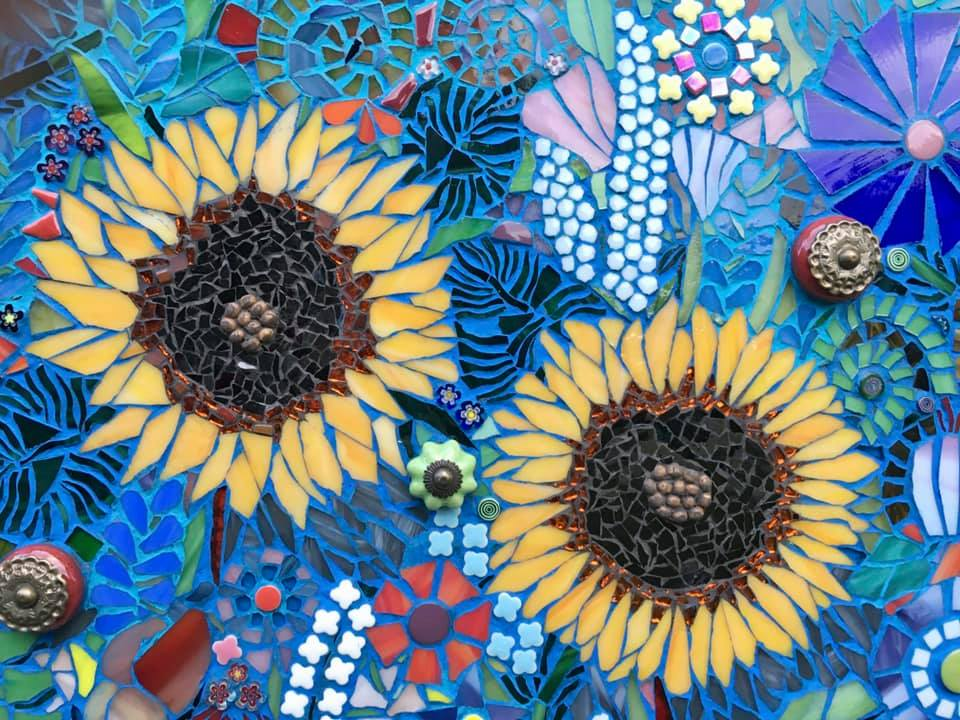 Local artist and VAL member Candy Hahn will be participating in the DownTown Victoria Art Walk and will be featured at City Hall!