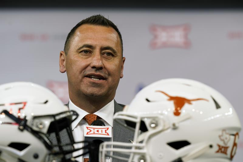 Texas Oklahoma Reportedly Reach Out To Sec About Joining