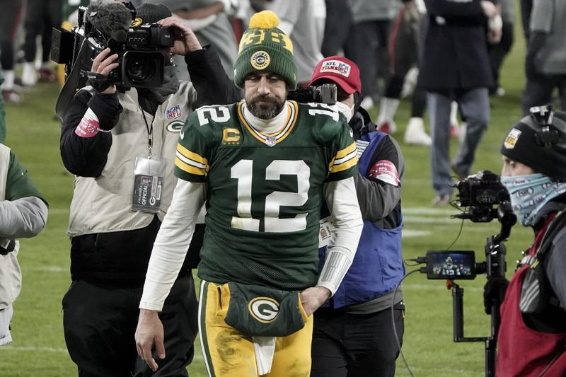 Rodgers Arrives In Green Bay For Start Of Training Camp