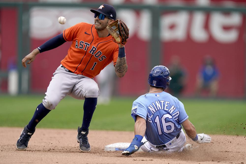 Díaz hit in 10th propels Astros to 6-3 win over Royals