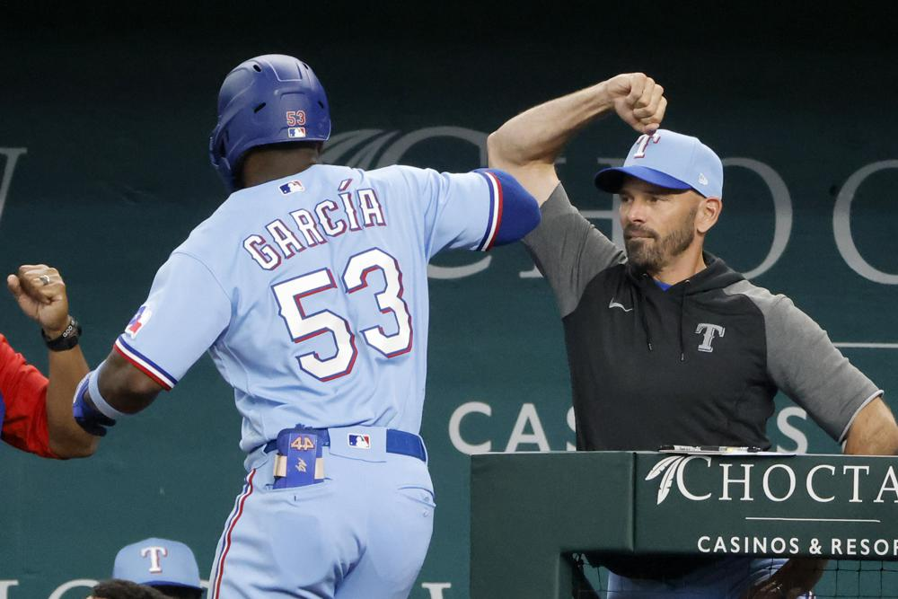 Garcia Slam For Rangers In 13 2 Win To Avoid Sweep By Astros