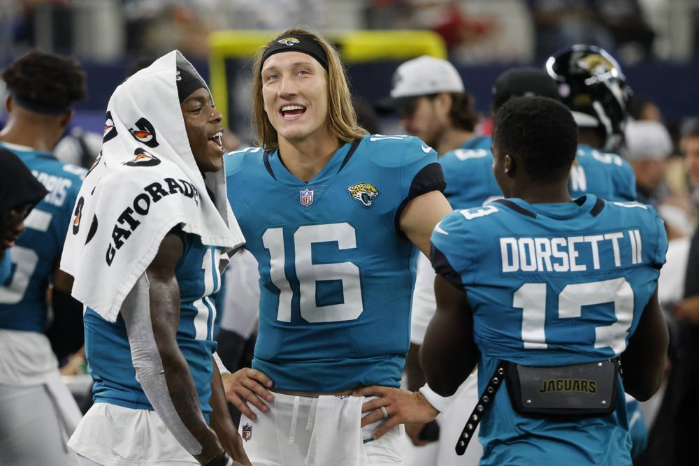 Lawrence Wraps Preseason With 2 Tds Jags Beat Cowboys 34 14
