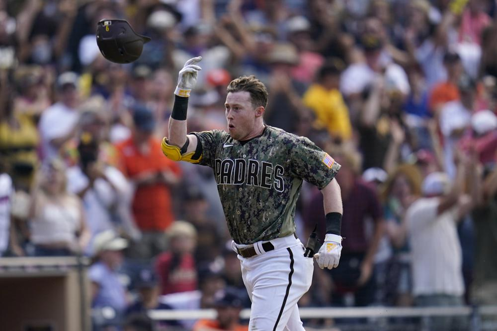 Cronenworth Homers In 9th Padres Win Stanek Astros Tumble