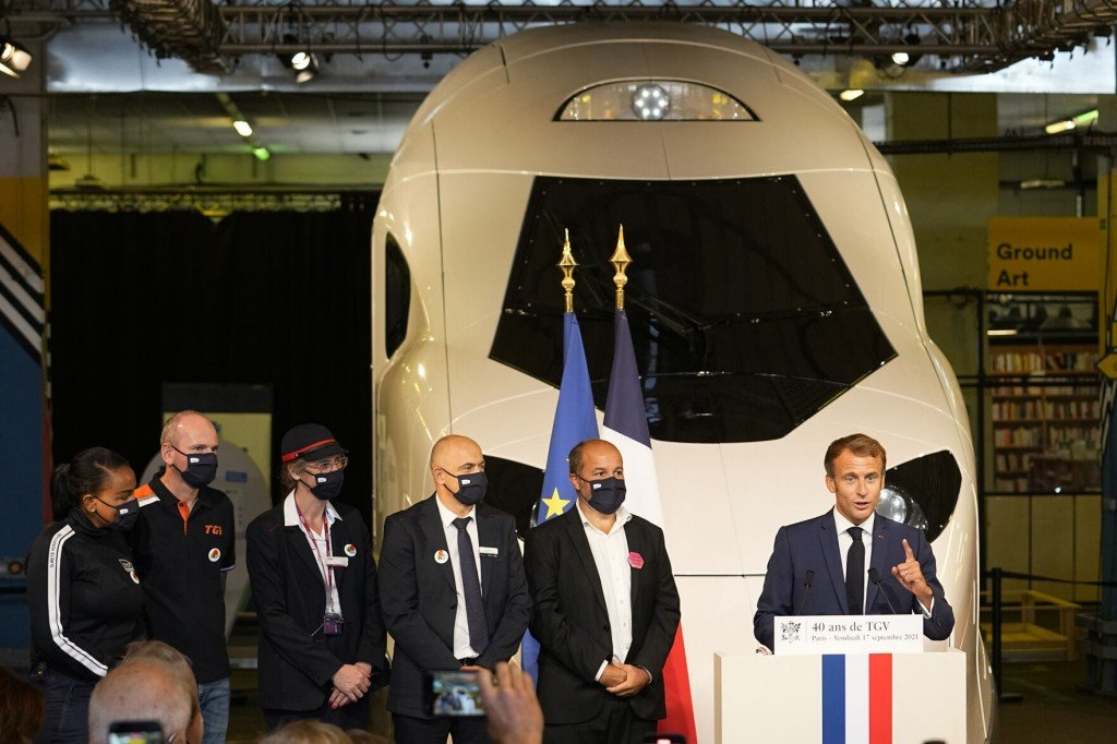 France's Macron Unveils Model Of New, Green High Speed Train