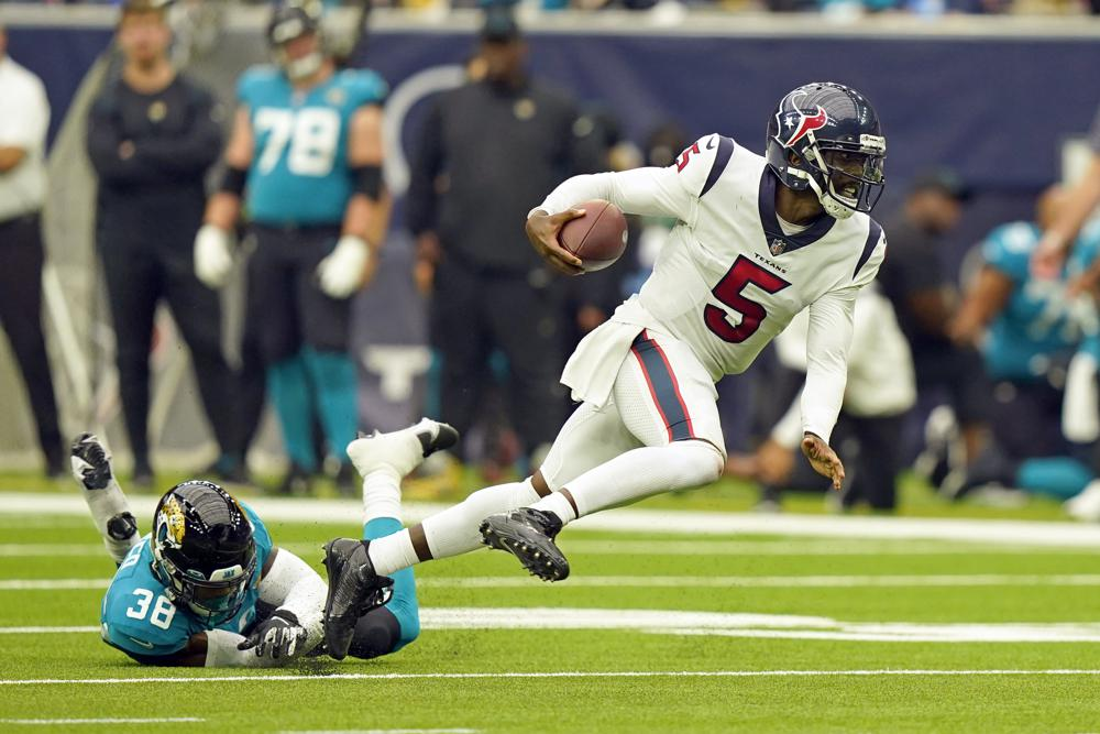 Taylor Helps Texans Down Lawrence Mistake Prone Jags 37 21