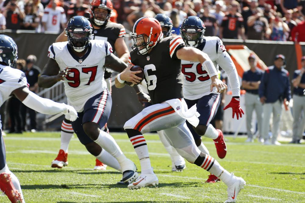 Mayfield Shakes Off Injury Leads Browns Past Texans 31 21
