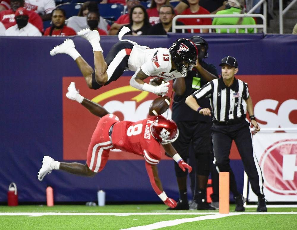 Shough Brooks Lead Texas Tech To 38 21 Win Over Houston