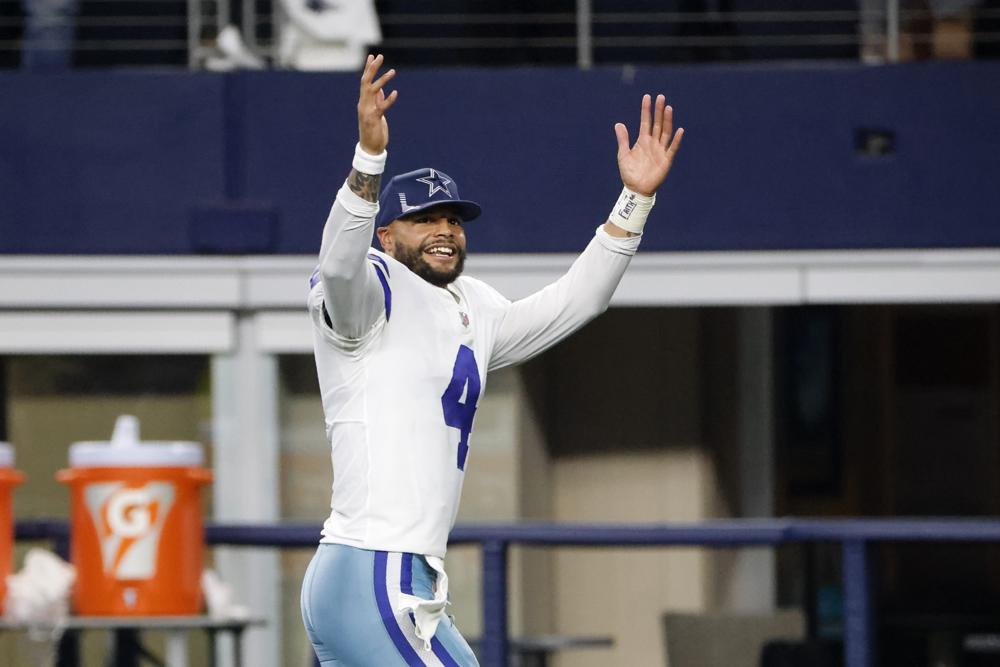 Prescott Cowboys Beat Giants 44 20 Year After Ankle Injury