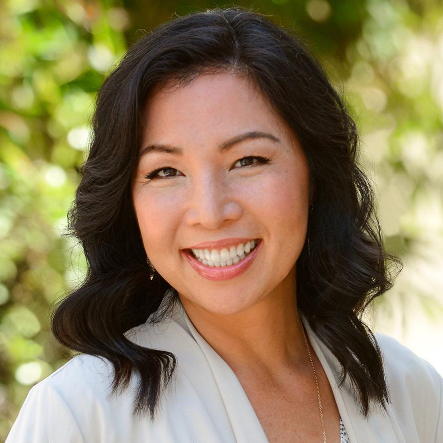 Linh Lopez