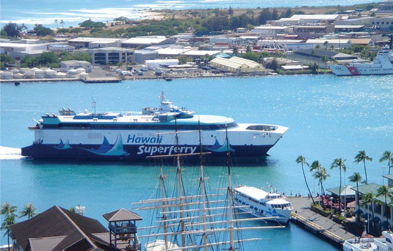 The Hawaii Superferry, shown entering Honolulu Harbor, was shut down in March 2009 by a Hawaii Supreme Court ruling. That legacy will always hang over any future attempt to launch an interisland ferry. Photo: Tim Dick